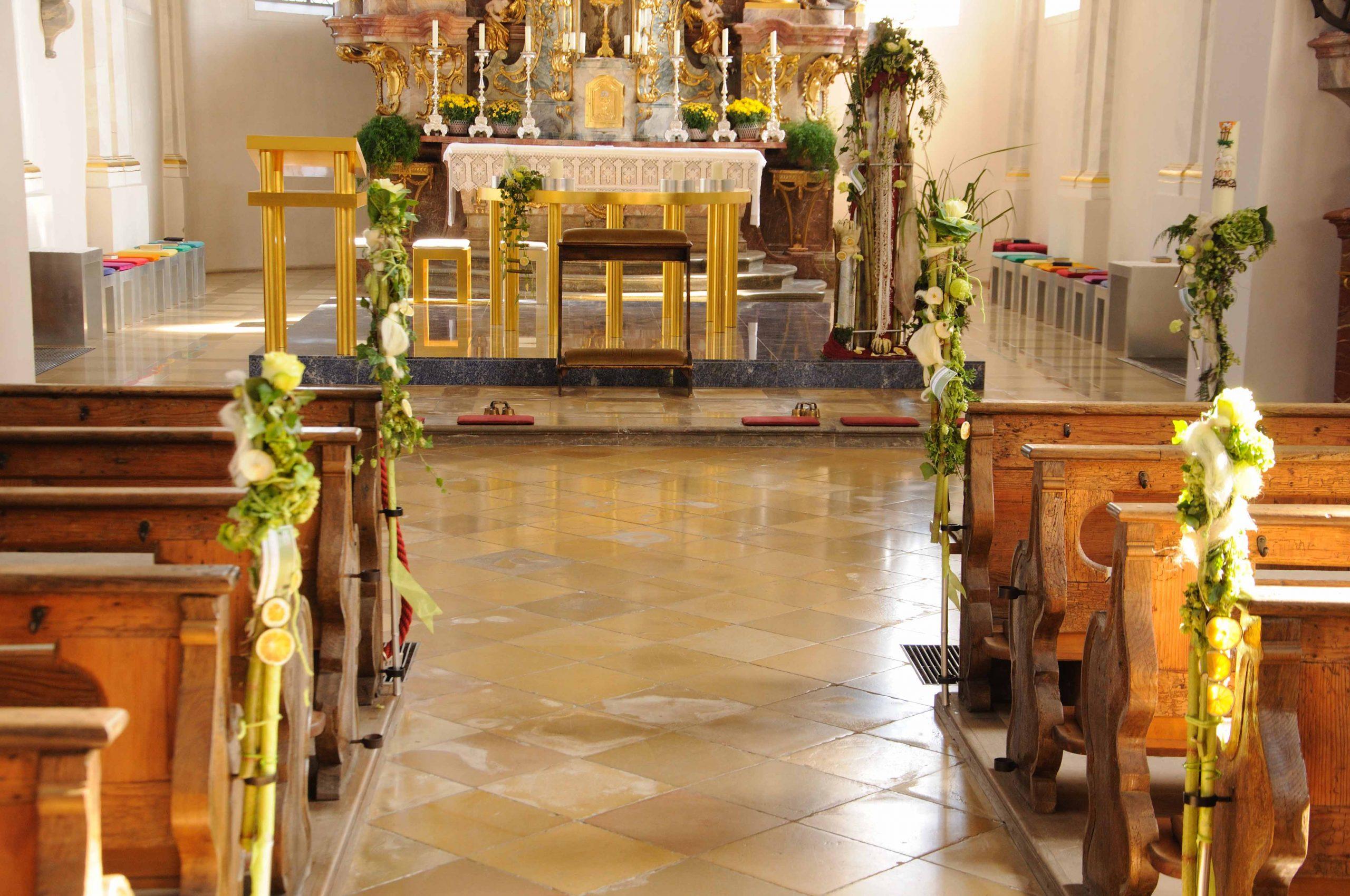 03 Kirchenschmuck in Weiß- Grün