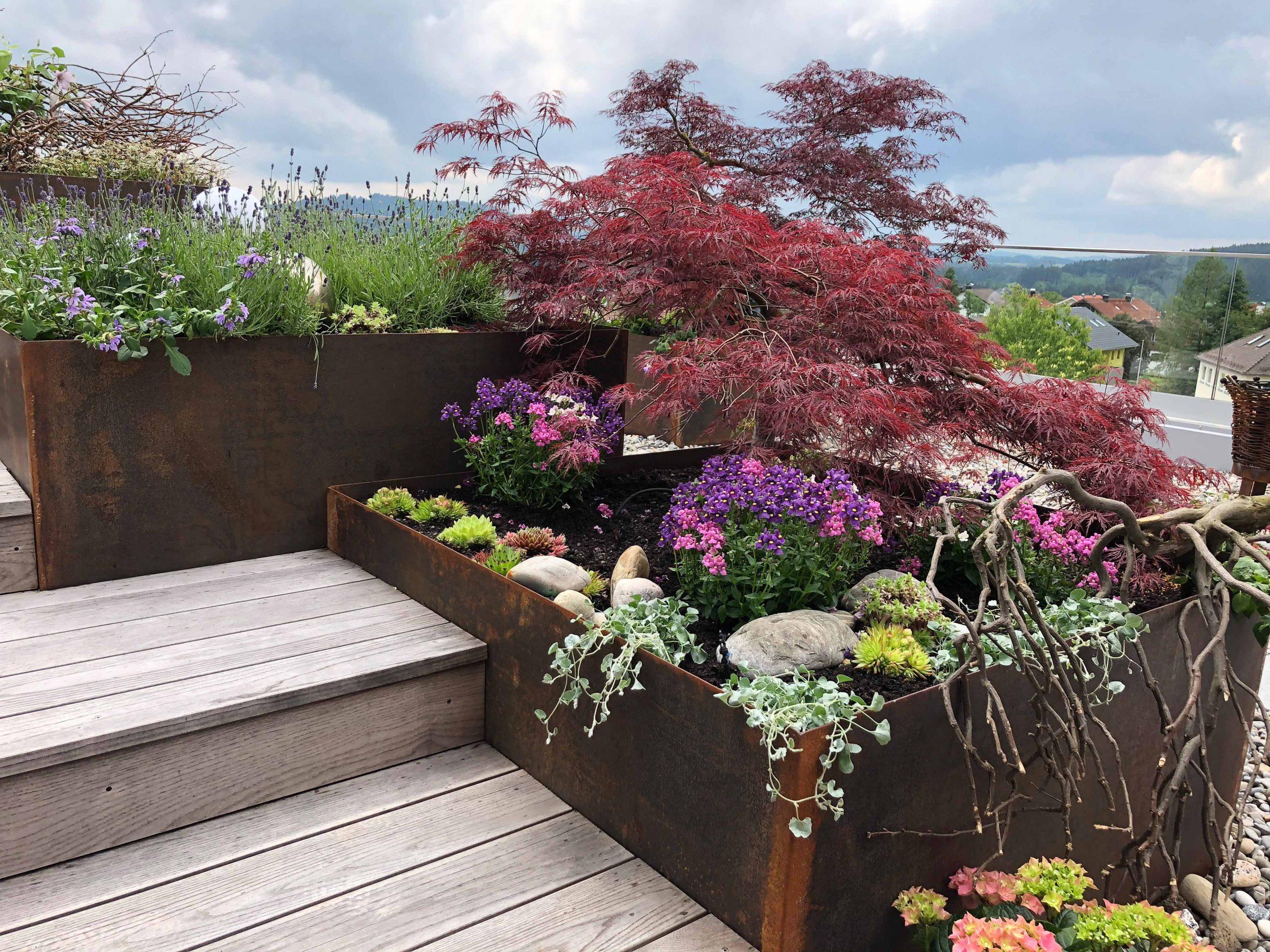 05 Terrassengestaltung im Sommer
