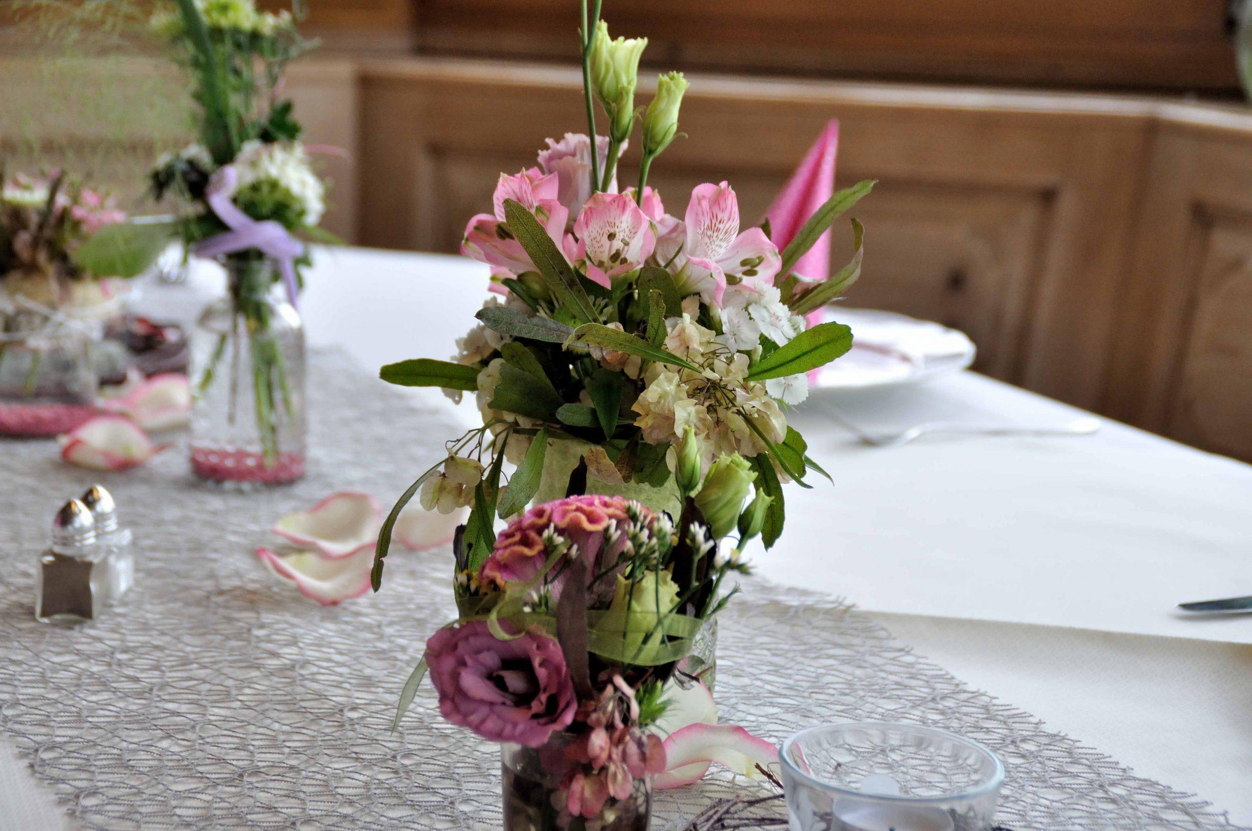 45 Vasen-Tischschmuck rosé
