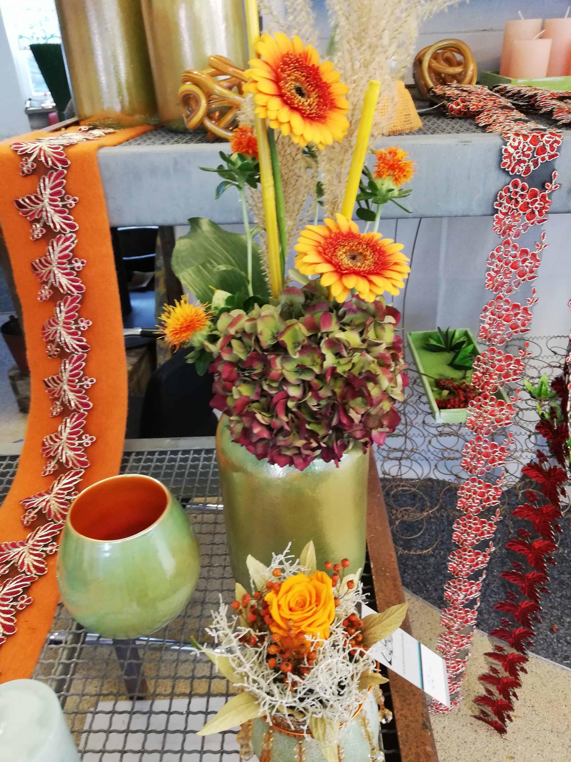 Herbstliche Vasenfüllung